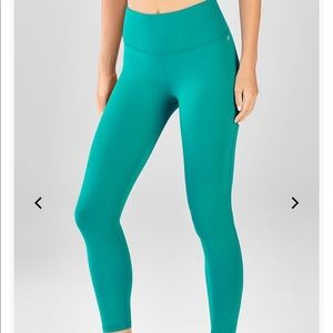 NWT Fabletics High-Waisted Powerhold 7/8 Leggings